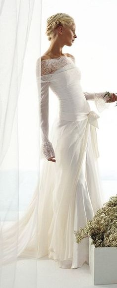 wedding dress by La Spose di Gio