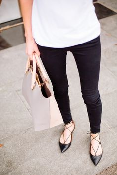 Lace-up flats, black pants and a white top- minimal and classic and fashion perfection!