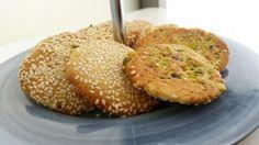 Barazek- Sesamkakor - ZEINAS KITCHEN Dory, Salmon Burgers, Baked Potato, Cookie Recipes, Nom Nom, Biscuits, Muffin, Sweets, Vegan