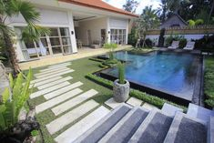 Situated in Ubud, Villa Rumah Lumbung features accommodation with a private pool, a terrace and garden views. Outdoor Pool, Outdoor Decor, Beautiful Villas, Marble Floor, Smoking Room, Ubud, Private Pool, Ground Floor, Terrace