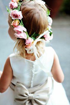 Adorable little flower girl