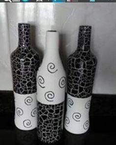 Feita por mim com muito amor.  #garrafasdecoradas#criar#ideias#criativo#feitoamao#decoraçaoetododia#interior#inspiração#decoração#artesanal#reciclar#trabalhoarte#artdecor#decoration#house#decorideias#artesanato#artesaude#bemestar