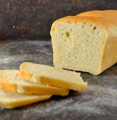 super fluffiges Toastbrot – gelingsicher! – Preppie and me Krups Prep&cook, Bread N Butter, Dory, Cornbread, Nom Nom, Brunch, Food And Drink, Baking, Desserts