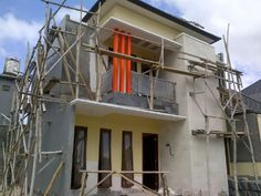 townhouse...3 bed room, swimming pool at back yard...on projek,,,CURRENT ON SOLD 1 UNIT READY...FROM 1.5M