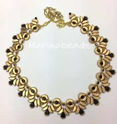 seed bead necklace patterns for beginners Seed Bead Necklace, Seed Bead Bracelets, Seed Beads, Beaded Necklace Patterns, Beaded Jewelry Designs, Necklace Tutorial, Necklace Ideas, Beading Tutorials, Beading Patterns