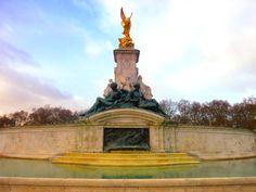 The yard of royalty. Buckingham Palace.