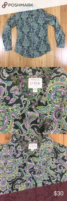 J.Crew Blouse Awesome looking blouse in great condition! Extremely soft!! 70% Cotton 30% Silk J. Crew Tops Blouses