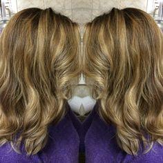 Blonde, luzes, mechas criativas, highlights.