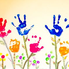 Great grandma gift: handprints of the grand kids