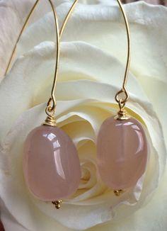 Een persoonlijke favoriet uit mijn Etsy shop https://www.etsy.com/listing/258326902/creole-dangle-earrings-with-gold-vermeil