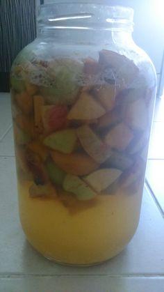 Elma Sirkesi Nasıl Yapılır | Çiftlik Hayatı Vinegar, Pickles, Cucumber, Mason Jars, Frozen, Canning, Food, Essen, Mason Jar