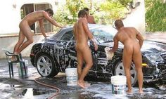 Does anybody know where this Car Wash is located? :)
