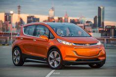 """GM revela que lanzara un coche eléctrico """"asequible"""" en 2017"""