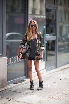 Trend: oversized camo jacket - Fashionscene.nl