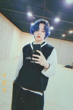 Foto Jungkook, Foto Bts, Jungkook Cute, Jungkook Oppa, Jungkook Fanart, Jung Kook, Bangtan Twitter, Twitter Twitter, Bts Meme