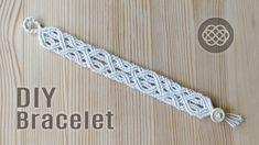 DIY Celtic wave bracelet with button clasp. Step by step tutorial by Macrame School. This bracelet looks good for both men and women. For the men's bracelet,. Macrame Bracelet Patterns, Macrame Bracelet Tutorial, Lace Bracelet, Bracelet Crafts, Macrame Patterns, Macrame Bracelets, Loom Bracelets, Micro Macramé, Chevron Friendship Bracelets