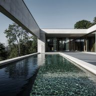 House of Yards by Marte.Marte Architects