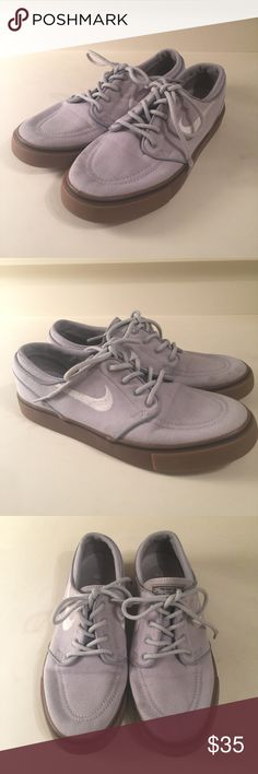 Nike zoom boys size 6 gray tennis shoes Nike zoom size 6 boys gray tennis shoes. In used condition. Nike Shoes Sneakers