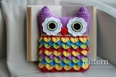 Ravelry: Crochet Owl Cushion With Colorful Feathers pattern by zoom yummy.