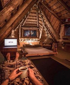TOP 10 Most Peaceful Countries in the World: Have you any idea which are the mos. Cabin Homes, Log Homes, Netflix Home, Netflix Tv, Watch Netflix, Netflix And Chill, The Loft, Decorating Rooms, Dream Homes