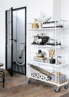 This trolley shelf and storage in white is a breath of fresh air. Its industrial feel and appearance make it edgy and appealing, whilst its 4 shelves make it a Estilo Interior, Interior Desing, Interior Inspiration, Interior And Exterior, Interior Decorating, Interior Photo, Style At Home, Black And White Interior, Outdoor Lounge