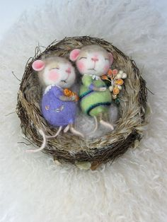 Needle Felted Animal Dressed Mouse & Bunny Class por barby303