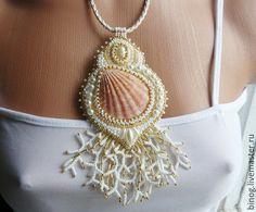 """Купить Кулон """"Коралловый"""" - бежевый, вышивка, Вышивка бисером, вышивка ручная, ручная работа"""