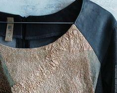 Купить Джемпер микс трикотаж, деним, кожа, нуновойлок - темно-серый, абстрактный, джемпер женский