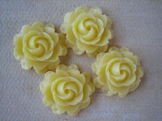 4PCS  Rose Cabochons  20mm  Yellow  Great for Rings by ZARDENIA, $3.00