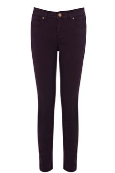 This classic skinny comes in ankle grazer length with a mid rise.  The Cherry flatters every figure Our coloured cherry is made from a soft cotton twill and is perfectly cut to flatter feminine curves. Along with its superior fit it features classic five pocket styling, concealed zip fly, metal button at waist and belt loops. Each jean is individually dyed after the jean is made to achieve a rich intense colour . Also available in other colours. #MakeBelieve