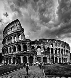 Travel Photography Discover The Colosseum Rome The Colosseum Rome Italy Gray Aesthetic, Black And White Aesthetic, Travel Aesthetic, Black And White Picture Wall, Black And White Pictures, Travel Pictures, Cool Pictures, Rome, Famous Buildings