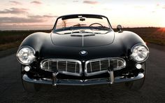 The legendary BMW 507 Roadster definitely needs no introduction. By many accounts, it is one of the most beautiful cars BMW has ever produced Luxury Sports Cars, Sport Cars, Bmw Sport, Bmw F10 M5, Bmw 507, Audi, Porsche, Automobile, Good Looking Cars