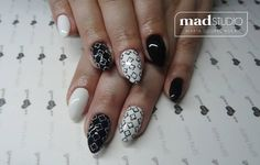 SPN Nails UV laQ wedding dress, black tulip