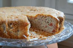 Quince Almond Cake: Made with almond meal and vanilla poached quinces, this must have heavenly flavor and aroma.