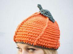 Kostenlose Häkelanleitung: Kürbismütze häkeln / free DIY crochet tutorial: how to make a pumpkin beanie via DaWanda.com