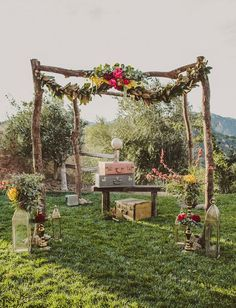 Bohemian Gypset Wedding Arch Ideas / http://www.deerpearlflowers.com/vintage-bohemian-wedding-ideas/