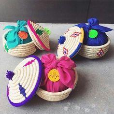 Eid Crafts, Ramadan Crafts, Ramadan Decorations, Diy And Crafts, Eid Party, Picnic Birthday, Gift Wraping, Islamic Gifts, Crochet Christmas Ornaments
