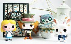 Alice in Wonderland pop funko funkos Alice In Wonderland Diy, Adventures In Wonderland, Wonderland Party, Lewis Carroll, Funko Pop Figures, Vinyl Figures, Coraline, Pop Figurine, Funk Pop