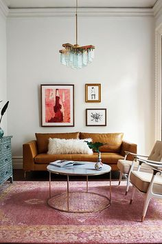 Home Interior Apartment Loving this living room set up! The colors and that chandelier are amazing! Inspo: Interior Apartment Loving this living room set up! The colors and that chandelier are amazing! Living Room Inspiration, Brown Living Room, Room Inspiration, Living Room Designs, Living Decor, Living Room Decor, House Interior, Living Room Furniture, Room Decor