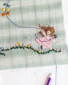 いいね!60件、コメント26件 ― Ivelinaさん(@mon_etui)のInstagramアカウント: 「That is me today! I feel like a child today! . . #monetui  #haoritaiwanofficial  #embroidery…」
