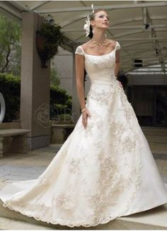$316.99  Scoop Satin Sweep Train Wedding Lace Dress  #wedding #lace #dress