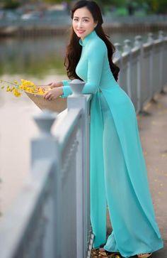 Best 12 All sizes Vietnamese Traditional Dress, Vietnamese Dress, Traditional Dresses, Ao Dai, Long Dress Fashion, African Fashion Dresses, Moda China, Beautiful Asian Women, Asian Fashion