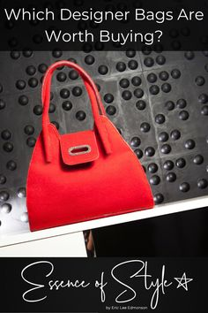 Which Designer Bags Are Worth Buying? With so many options, it can be overwhelming! Let me help you find the perfect ones to add to your collection! Dime Bags, Animal Bag, Business Casual Men, Red Handbag, Printed Bags, Mens Clothing Styles, Looking For Women, Daily Fashion, Designer Bags