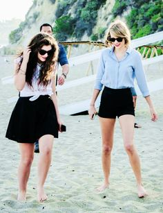 The fact that two of my idols, two completely different girls, are friends is so neat.