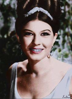Showikar - Egyptian actress