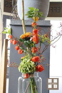 Altar Flowers, Beautiful Bouquet Of Flowers, Beautiful Flower Arrangements, Fall Flowers, Diy Flowers, Flower Vases, Flower Art, Floral Arrangements, Art Floral