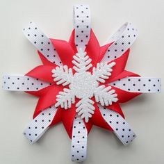 Christmas Hair Bow Snowflake Hair Clip Black White by ALoveAtelier - Flower Hair Bows, Girl Hair Bows, Girls Bows, Christmas Hair Bows, Christmas Snowflakes, Christmas Crafts, Ribbon Crafts, Ribbon Bows, Ribbons