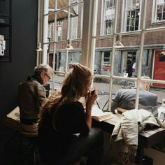 Reading or writing in a cozy coffee shop cafe- vibes! Kitchen window bar space to work & have coffee Poses, Fitz Huxley, Image Tumblr, Foto Fashion, Tattoo Studio, Victoria Beckham, Life Is Good, Portraits, Photoshoot