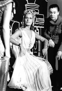 Dalida, Vintage Vibes, Scene, Black And White, My Love, Celebrities, Egyptians, Divas, Fictional Characters