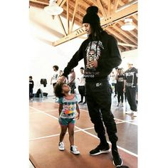 @aiai153 - @ lestwinsoff and his little friend